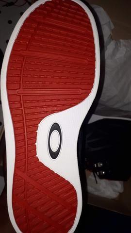 Tênis Oakley Voltage Black/Red - Foto 3
