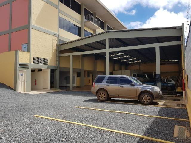 EXCELENTE 02 Galpões Logísticos e prédio administrativo  com habite-se e a 3.183m2 de área