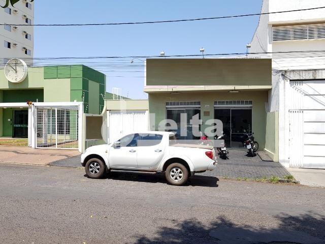 Galpão/depósito/armazém para alugar em Daniel fonseca, Uberlândia cod:571406