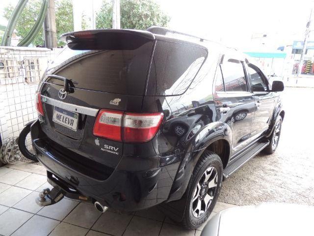 Toyota Hilux SW4 3.0 SRV 7 Lugares Diesel 4x4 2011/2011 - Foto 12