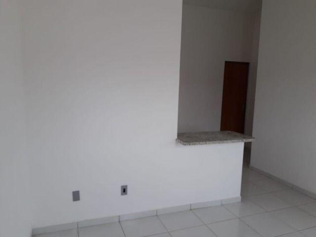 Vende-se ou troca-se por carro, uma casa nova recém construída em condomínio fechado - Foto 4