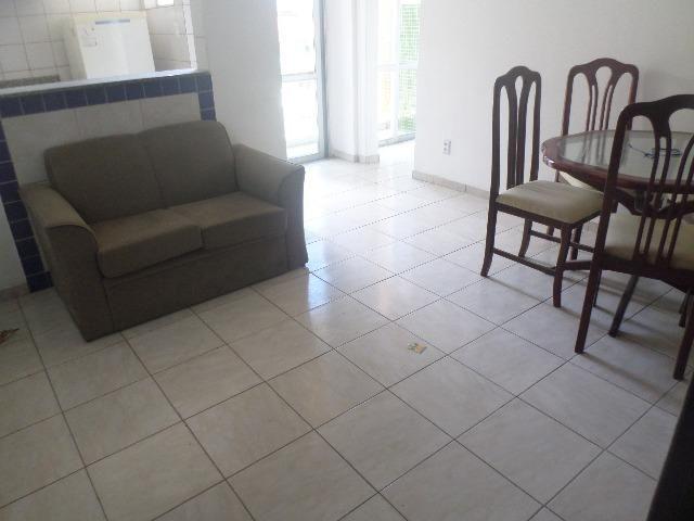 Ondina - Apartamento de quarto e sala com varanda de frente para a Avenida - Foto 16