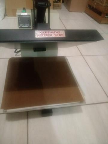 Máquina de estampar camisetas semi nova ramaq - Foto 2
