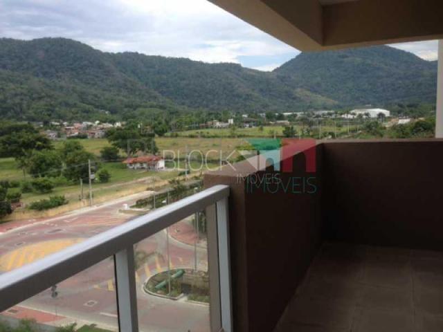 Apartamento para alugar com 3 dormitórios cod:RCAP30295