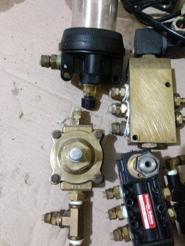 Válvulas pneumática e solenóide - Foto 6