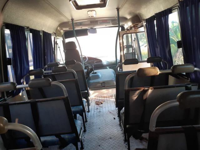 Ônibus Escolar M.benz buscar 51 lug - Foto 18