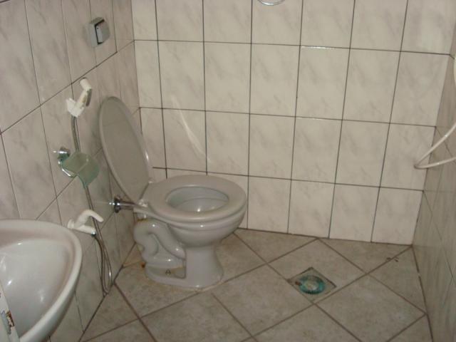 Casa para alugar com 2 dormitórios em Setor coimbra, Goiânia cod:204 - Foto 17