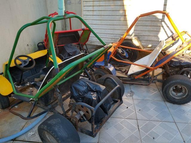 Vendo pista com 3 mini buggy caioba