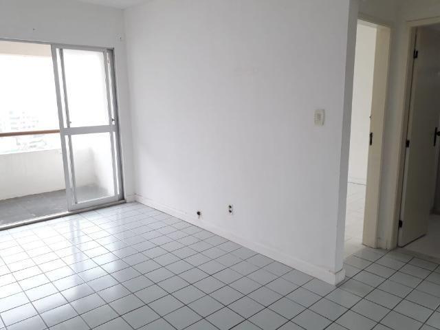 Apartamento de 2/4 com varanda com Vista Mar No Rio Vermelho - Foto 13
