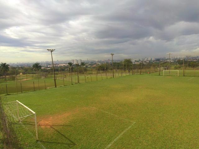 Área com 42350 m² no Parque Industrial Joao Bras em Goiânia