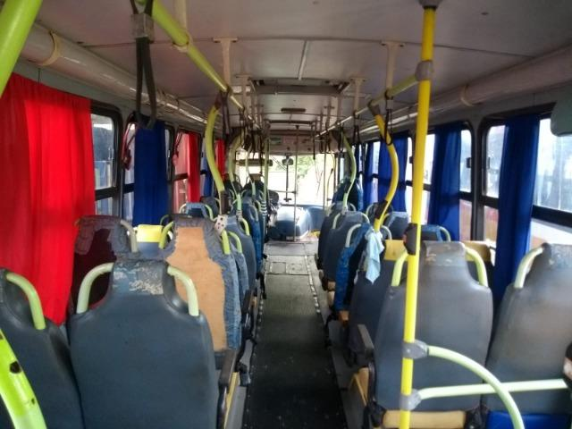 Ônibus Escolar M.benz buscar 51 lug - Foto 10