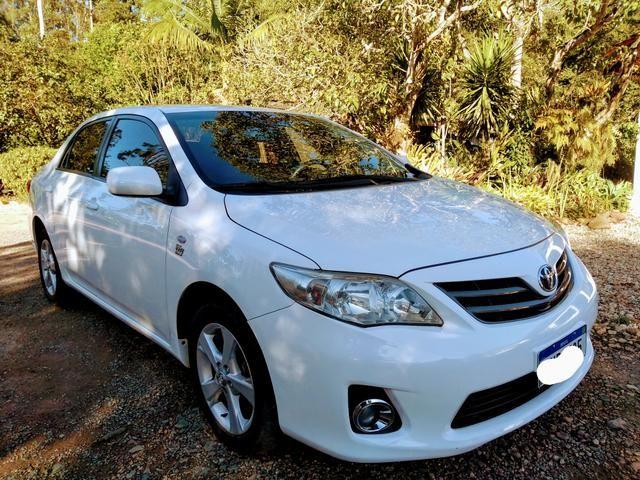 Toyota Corolla automático 2014 por apenas