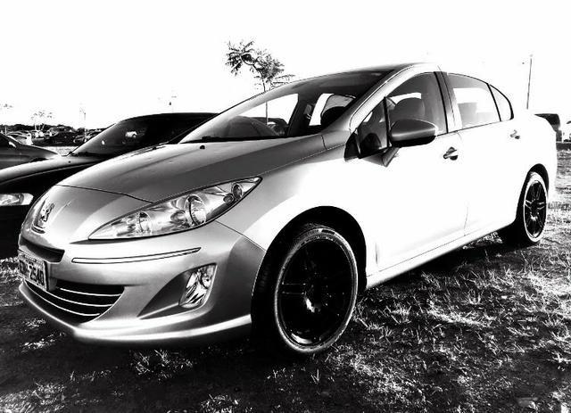 Peugeot 408 - ano 2011