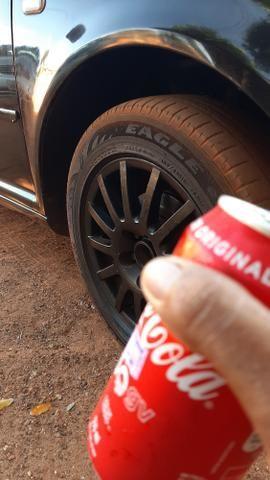 Troco por roda 18 ou 20.Roda aro 15 pneus todos meia vida