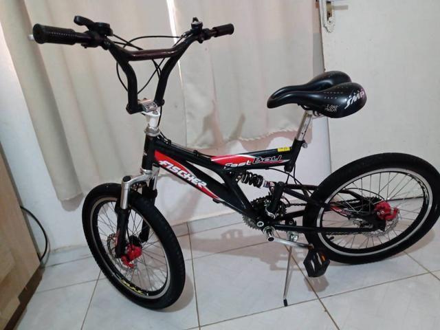 Bicicleta aro 20 leia o anúncio
