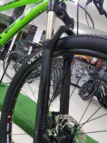 Bike aro 29 grupo sram 12v rockshok air - Foto 4