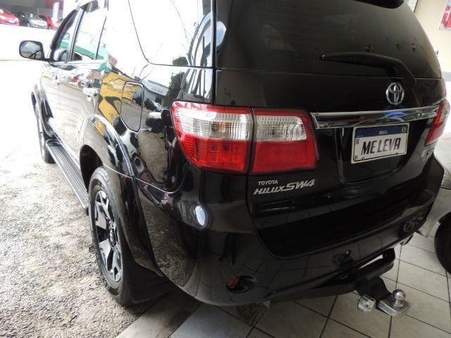 Toyota Hilux SW4 3.0 SRV 7 Lugares Diesel 4x4 2011/2011 - Foto 11