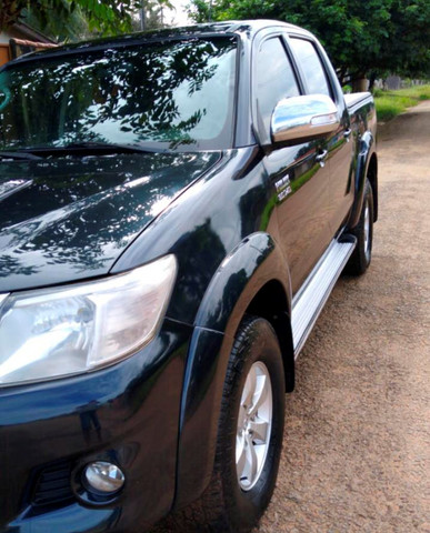 Toyota Hilux SRV 3.0 - Foto 4