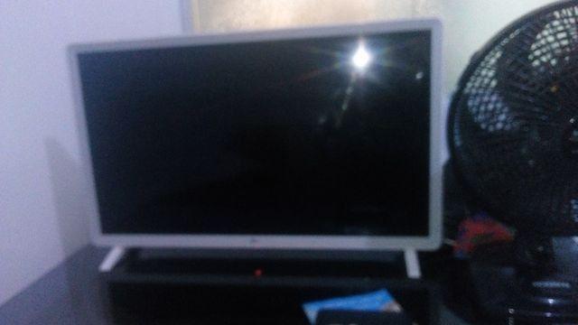 Smart TV LG super nova 32 polegada wi-fi Netflix YouTube - Foto 2