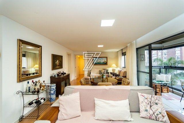 Apartamento, 3 dormitórios, 1 suíte, 2 vagas, sacada com churrasqueira, área de serviço, b - Foto 2