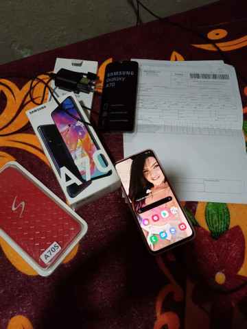 Samsung A70 128 GB completo com nota fiscal  - Foto 3