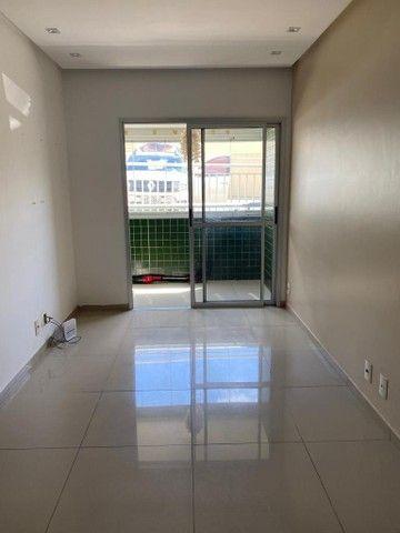 Apartamento para venda Lauro de Freitas, possui 60 metros quadrados com 2 quartos - Foto 4