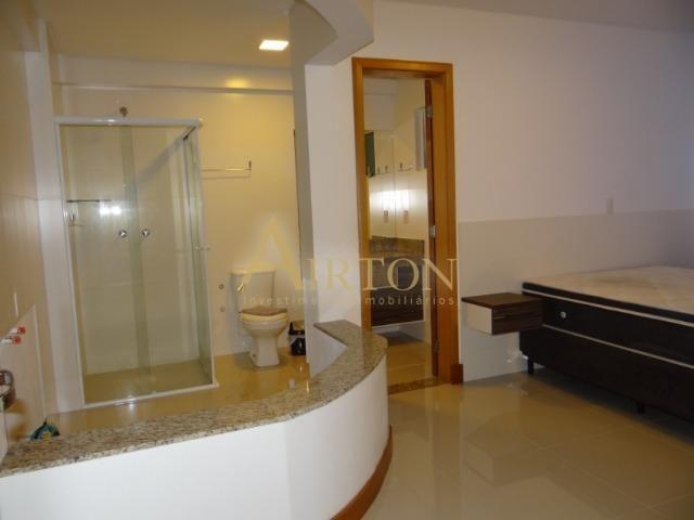 L4041 - Apto 04 Dormitórios sendo 02 Suítes, 02 Vagas, Ótima localização em Meia Praia - Foto 2