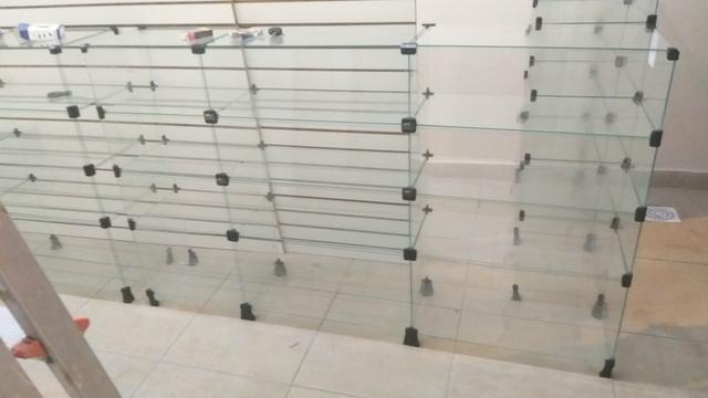 Balcões / Prateleiras de Vidro