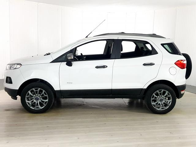 Ford EcoSport FREESTYLE 2.0 16V 4WD Flex 5p - Branco - 2017 - Foto 2