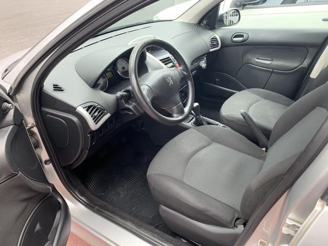 Peugeot 207 1.4 XR 2013 somente R$19.900 - Foto 4