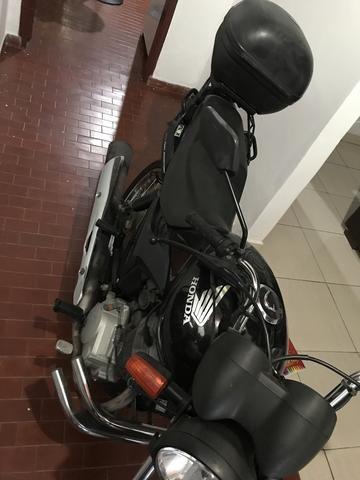 Motocicleta Fan 150