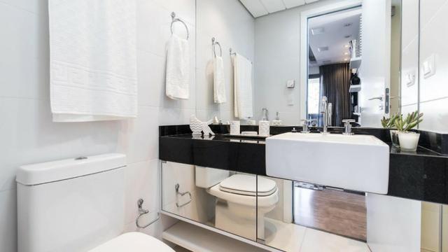 Apartamento de Alto Padrão 2 Dormitórios Água Verde - Foto 10