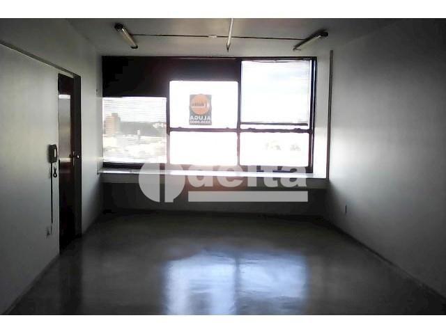 Escritório para alugar em Centro, Uberlândia cod:558716