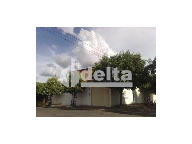 Casa à venda com 3 dormitórios em Tubalina, Uberlândia cod:17865