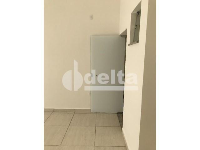 Escritório para alugar em Loteamento residencial pequis, Uberlândia cod:577878 - Foto 3