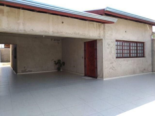 Casa térrea com 3 dormitórios, 1 suite - Pq Ortolandia