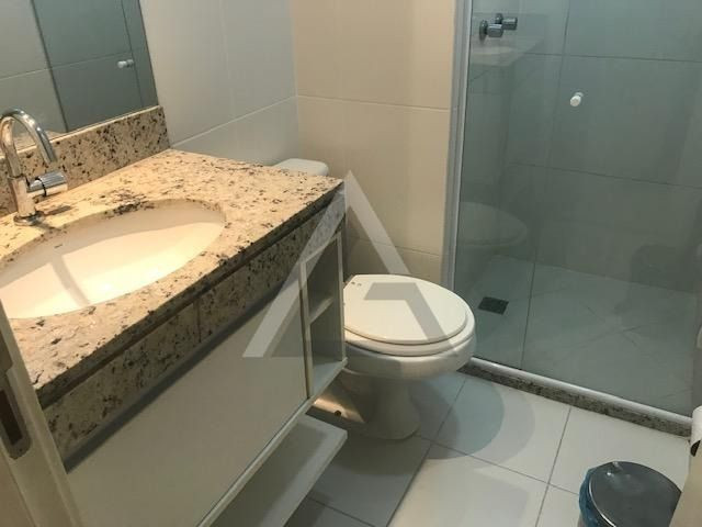 Apartamento mobiliado, nascente, andar alto 4 quartos em Patamares/Salvador-BA - Foto 17