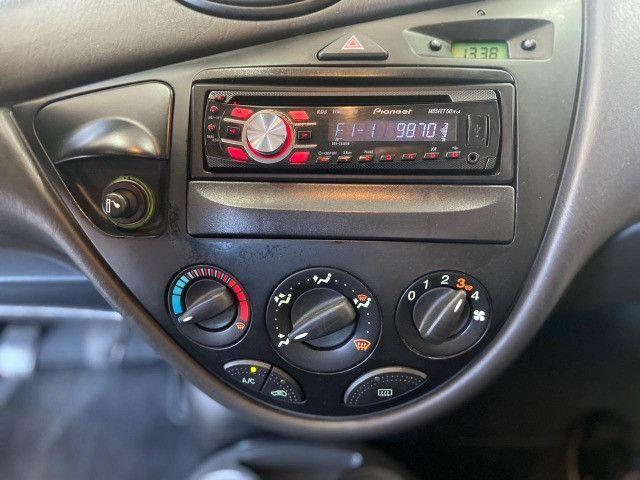 Focus hatch 1.6 8V /2008 - Foto 10