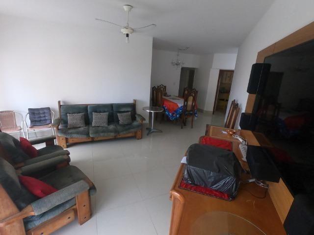 Oportunidade aluguel 3 quartos anual no centro de Guarapari-ES