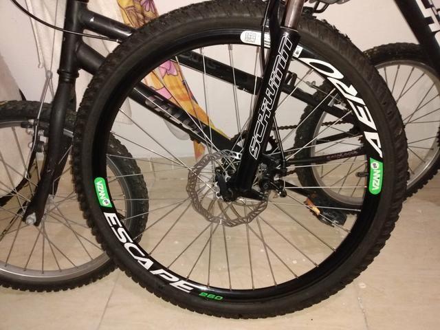 Vendo bicicleta Schwinn nova - Foto 4