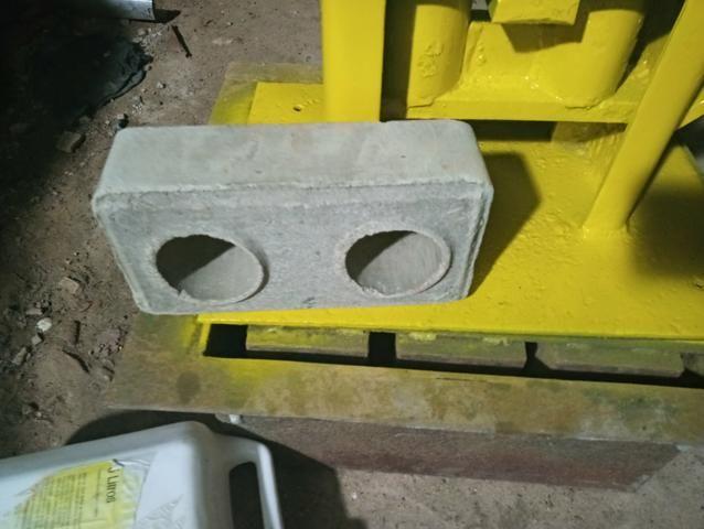 Maquina de fazer tijolinho ecológico solo cimento - Foto 4