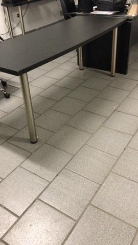 Mesa e aparador - Foto 3