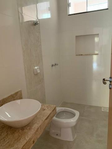 Casa nova 3 suítes plenas, sala com pé direito duplo, porcelanato, financia - Foto 10