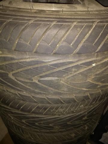 Vendo jogo de rodas com pneu!!! - Foto 3