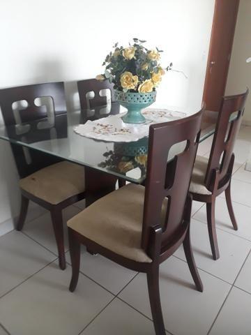 Vende- se mesa