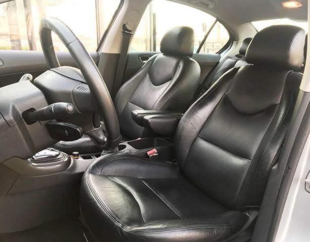Peugeot 408 - ano 2011 - Foto 7