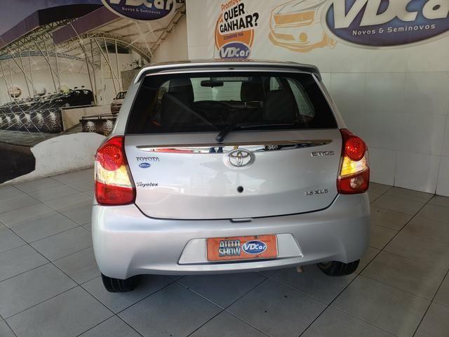 Toyota etios xls hatch - Foto 4