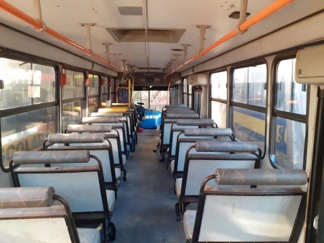 Ônibus Escolar M.benz buscar 51 lug - Foto 3