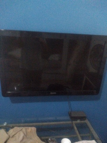 1 tv LCD 32 Philips e 1 LG LCD 170$ - Foto 2