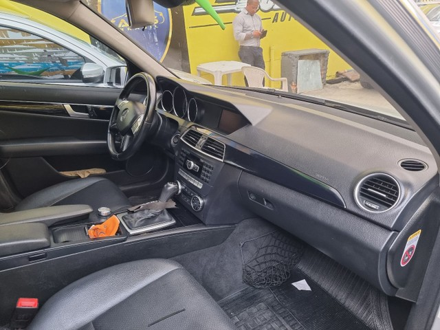 Mercedes C 180 impecável Ac.moto carro Parcelo! - Foto 6